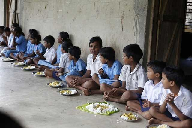 açlık çocuklar