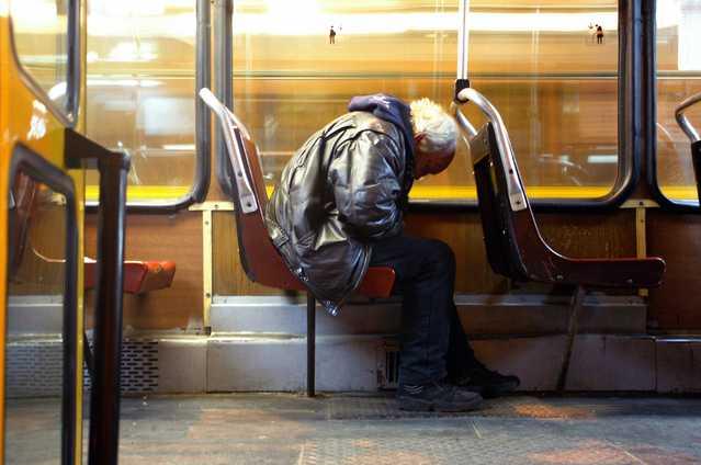 uykusuzluk tramvayda uyku