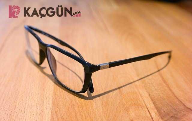 Gözlük Çerçeve ve Camı Kaç Yılda Bir Değiştirilir?